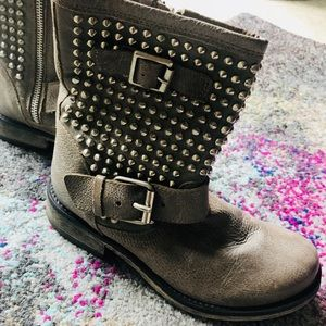 Steve Madden studded leather boots